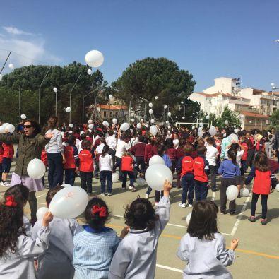 El colegio Sagrado Corazón se manifestó en defensa de la enseñanza concertada