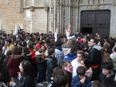Salida de la Eucaristía en la Catedral