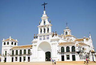 Viajes Coria Tours organiza una excursión al Rocío