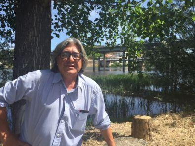 """""""Pedro Kiko"""" expone su nueva obra en el IES Alagón"""